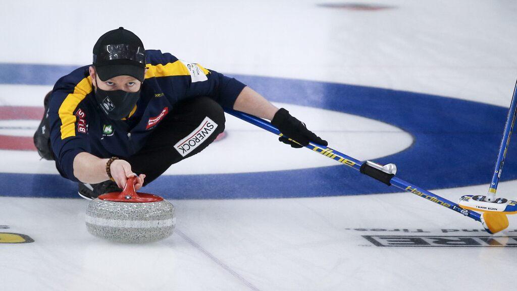 Storica medaglia d'oro ai Mondiali per la terza volta consecutiva nella squadra di curling Niklas Eden