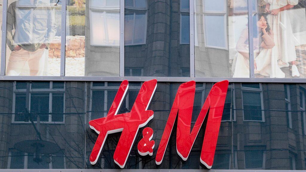 Critica che H&M non garantisca il rinnovo dell'accordo di sicurezza per gli stabilimenti tessili del Bangladesh