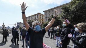 Disoccupati in manifestazione a Napoli.
