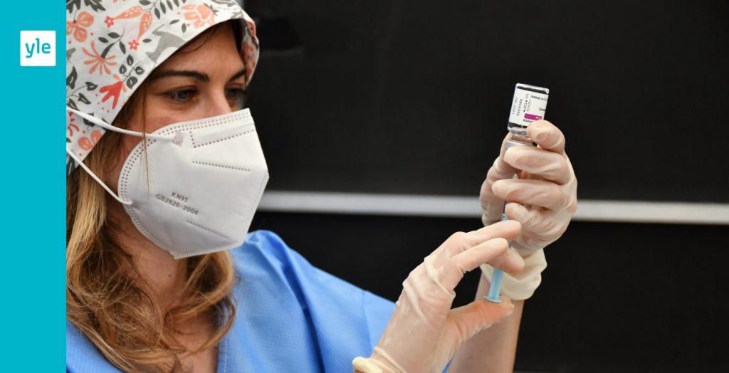 L'Italia intensifica le vaccinazioni - Il requisito del vaccino ora si applica agli operatori sanitari    Straniero