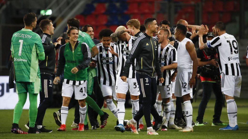 L'Inter ha vinto il campionato italiano per la diciannovesima volta - la Juventus è riuscita a ritirarsi in Champions League l'anno prossimo - Sport - svenska.yle.fi