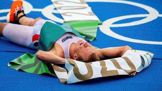 Christian Blumenfelt è stato completamente completato dopo la medaglia d'oro olimpica nel triathlon.