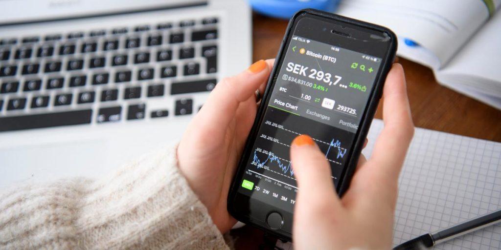 Il mercato azionario scende mentre crolla H&M