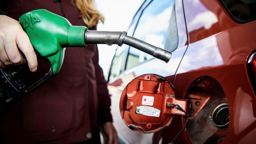 L'aumento dei prezzi della benzina e dell'elettricità aumenta l'inflazione